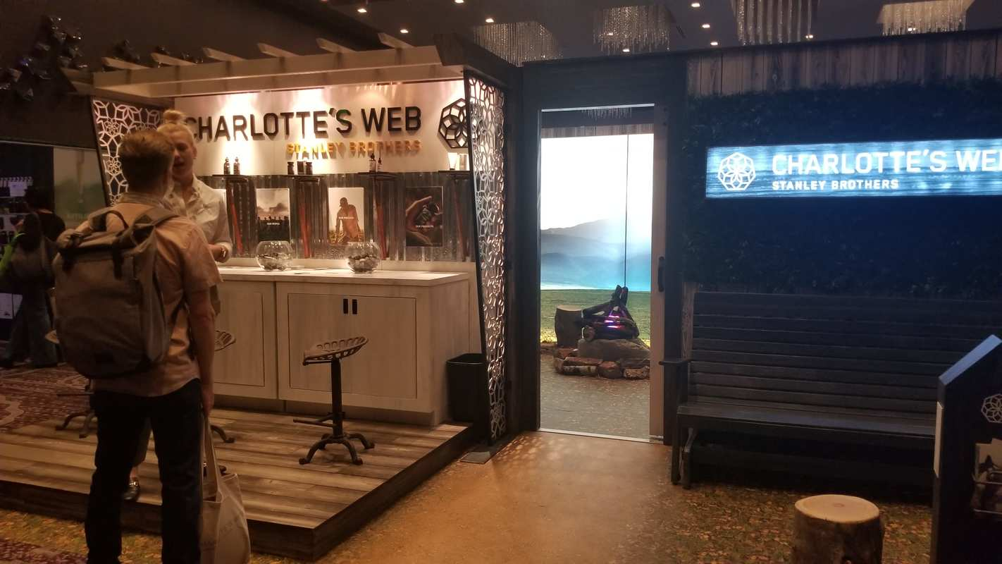 Charlotte's Web, a popular high-quality CBD brand, created a complete outdoor scene complete with fake camp fire in their HIACON 2018 booth. Hundreds gathered in Los Angeles to discuss the future of hemp from November 1 - 5 at the Hemp Industries Association Conference.